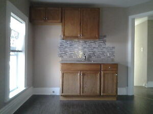 2 bedroom Central Apartment available  Immediately Peterborough Peterborough Area image 1
