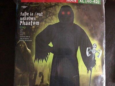 New! Hooded Phantom / Monster Red Eyes Blink Halloween Costume - Size XL (40-42)