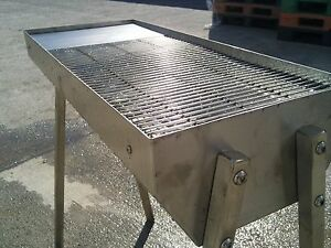 BARBECUE.GOUCHYS  BBQ CATERING GRADE STAINLESS STEEL 610MM X 400MM WILL NOT RUST