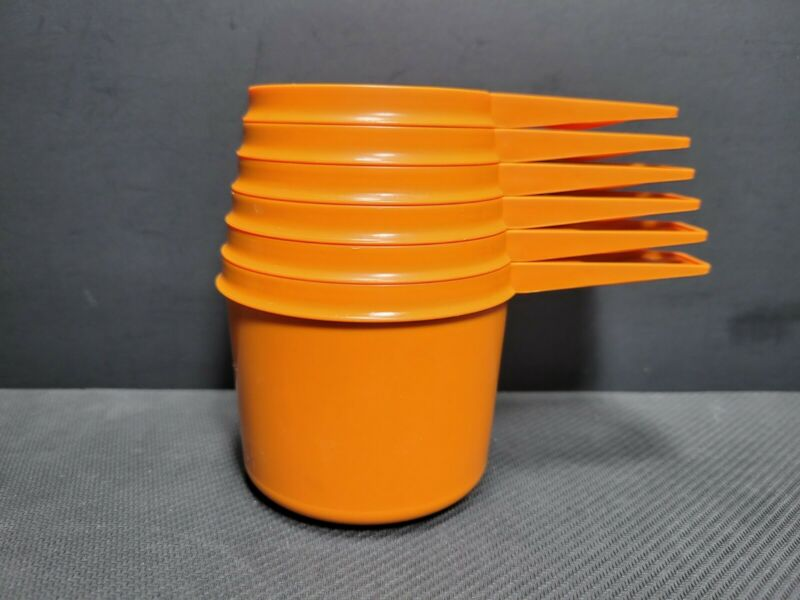 Set Of 6 Tupperware Measuring Cups Harvest Orange USA Made Vintage Complete