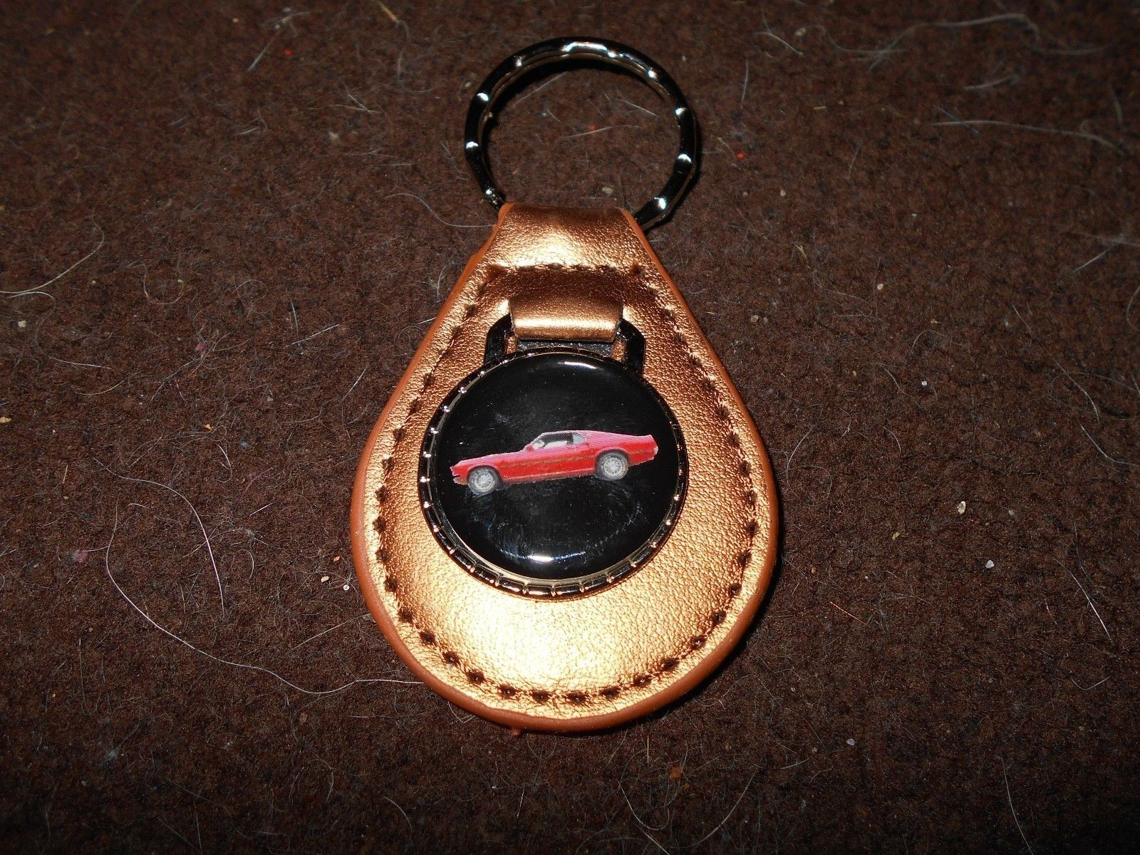 1969 FORD MUSTANG MACH 1 RED CAR LEATHER LOGO KEYCHAIN KEYRING NEW GOLD NICE!!
