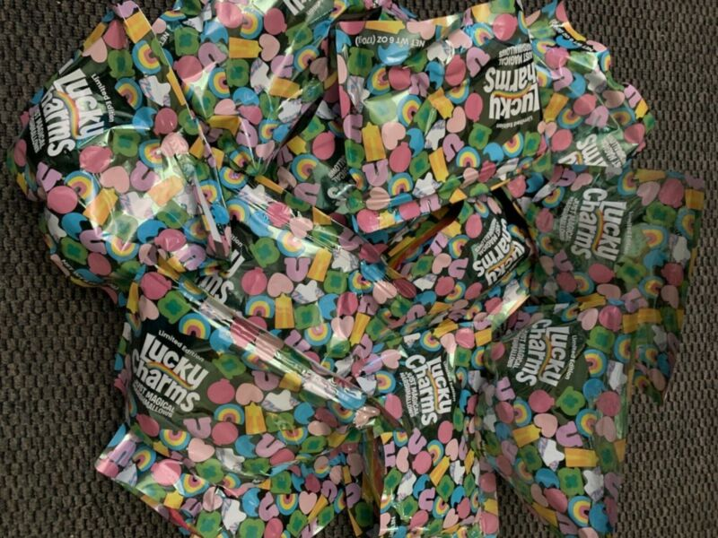 LIMITED EDITION LUCKY CHARMS JUST MAGICAL MARSHMALLOWS 3 PKS 6oz EACH PER ORDER