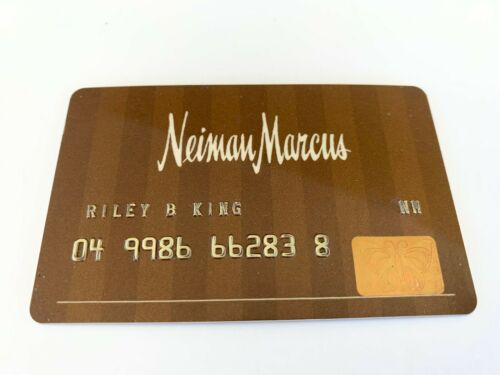 BB Riley King OWNED Signed Autographed Neiman Marcus Credit Card JULIENS Estate