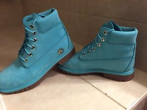 Timberland Boots- Limited Edition AQUA- Ladies size 7