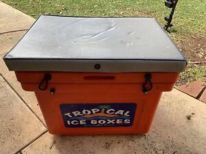 Tropical Ice Box Esky