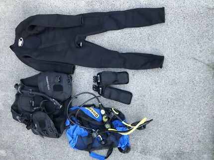 Scuba diving, BCD, REGS, weights, googles and wet suit