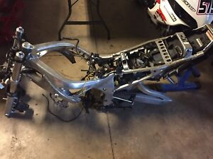 2002 Yamaha R6 Clean Title Frame Forks Calipers Shock