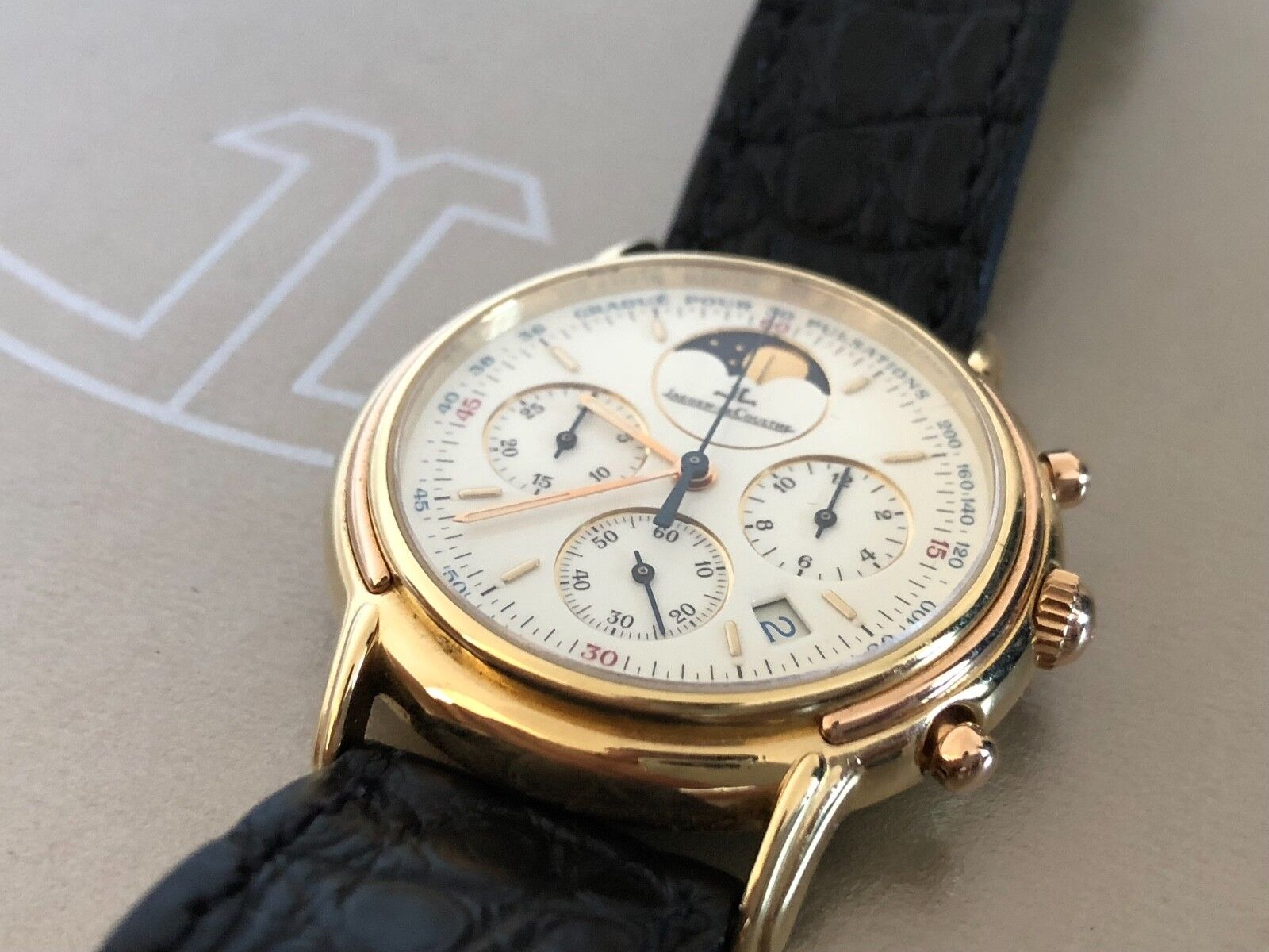 Jaeger LeCoultre Odysseus 18k 750 gold UK Patek Philippe Style in Mint Condition - watch picture 1