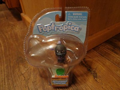 2012 Poptropica  2  Astro Knight Pocketeer Figure  New