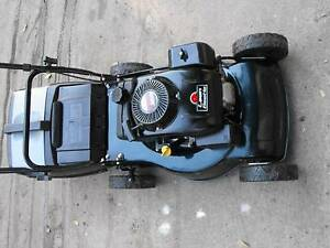 4 STROKE SANLI MOWER DONE LITTLE WORK FULLY SERVICED Blackstone Ipswich City Preview