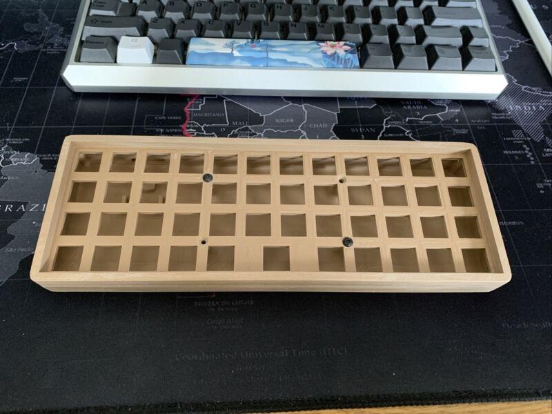 40% Ortholinear Keyboard Case 3D Printed Wood PLA Black White Planck Ortho 40