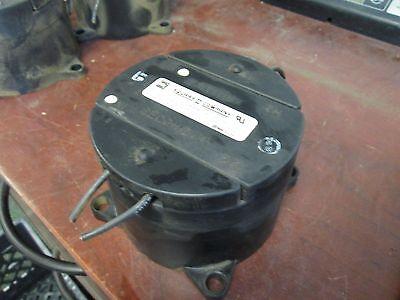Square D Voltage Transformer 460r-600 Ratio 600120v 10kv Bil 150va 60hz Used