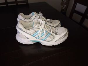 Adidas Runners Size 7