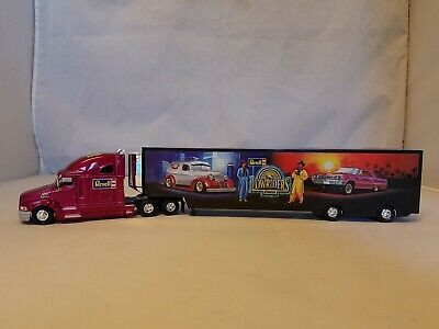 REVELL LOWRIDER DIECAST TRANSPORTER 1:64 SCALE REAR DOOR OPENS ADULT COLLECTIBLE