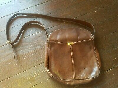 Vintage Gucci Brown Leather Saddle Side Bag With Adjustable Strap Used Condition