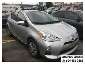 2014 Toyota Prius c Technology; No accidents or claims!