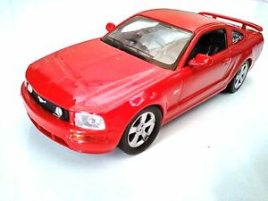 ford mustang gt 1 43 voiture miniature de collection sport cars ixo. Black Bedroom Furniture Sets. Home Design Ideas