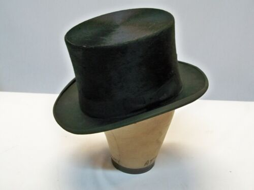 Vintage Near Perfect Silk Top Hat 7 3/8 with Box Charlowe Formals Timeless Style