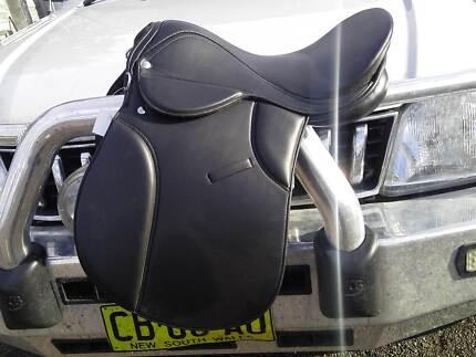"""Saddle 17"""" Brand New Uralla Uralla Area Preview"""