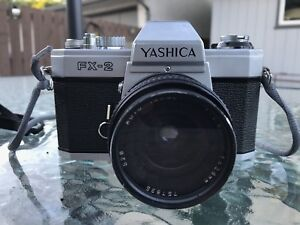 1976 YASHICA FX-2 SLR Camera in good working order Japan Crafed