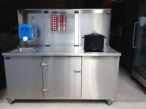 Custom Made Stainless Steel Outdoor Kitchen