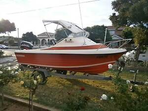 15.5ft / 4.6m 1971  1/2 cabin Nautiglass Sportsman Seaton Charles Sturt Area Preview