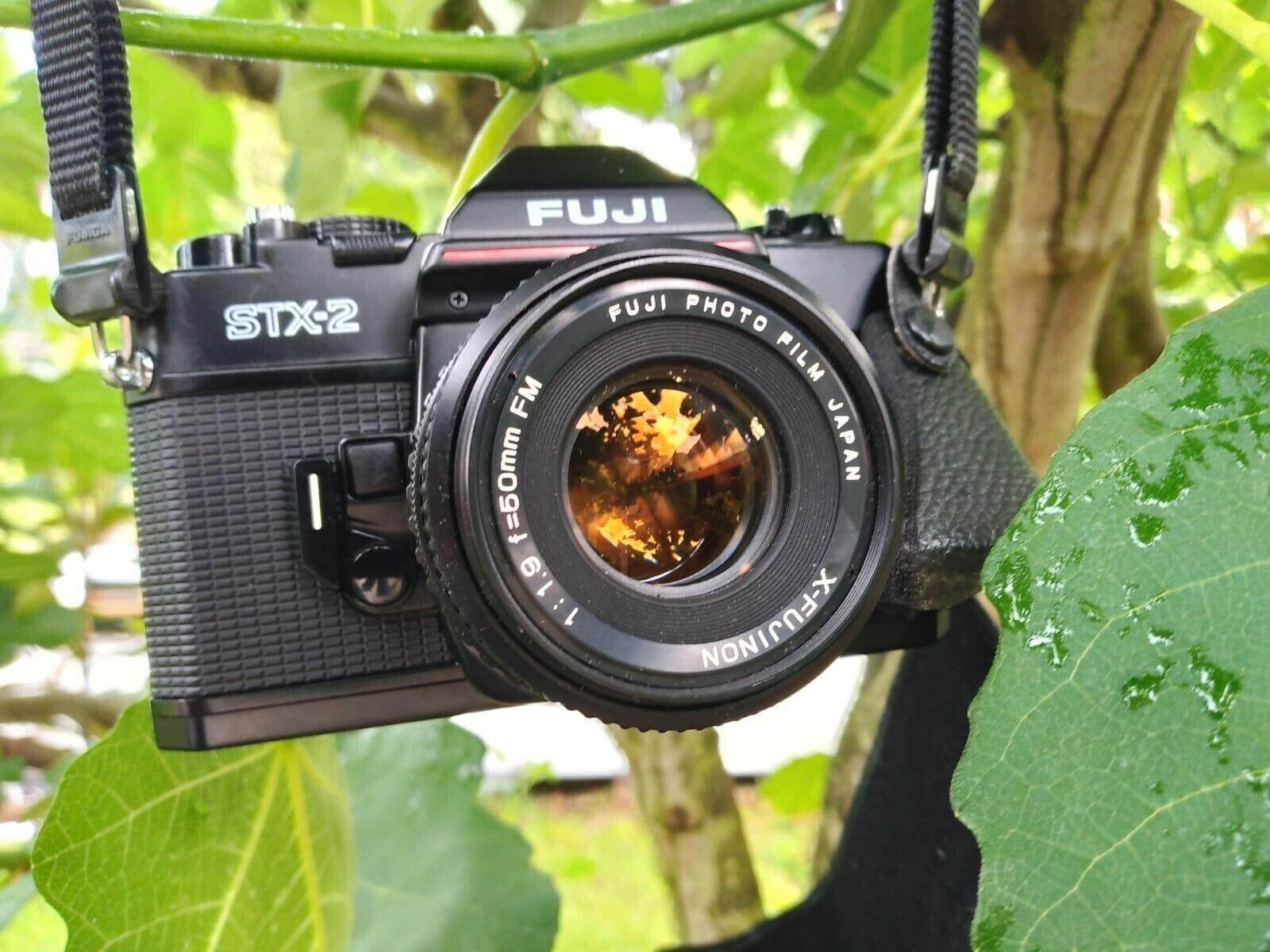 FUJI SLR Kamera STX-2 Analoge Spiegelreflexkamera Objektiv50mm Manual Fokus