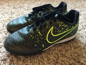 Child's Indoor Soccer Shoes For Sale - Size 2.5