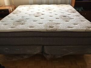 King size bed for your king like sleep. !!!URGENT