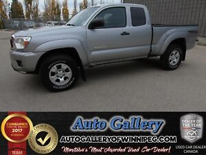 2014 Toyota Tacoma 4x4 *Low Kms!