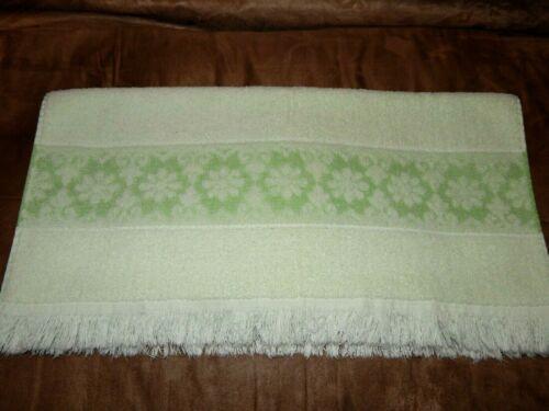 """Vintage JCPenney Cotton Blend Mint Green Bath Towel Flowers 21""""x43"""""""