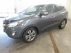 2015 Hyundai Tucson Limited- ONLY 70K! BACKUP CAM! NAV! LEATHER!