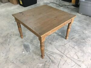 Kids table with 4 chairs