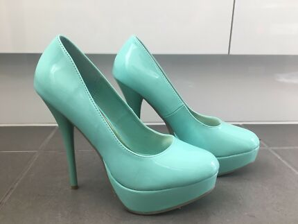 d7f428745b0 Women s size 7 Tiffany blue stiletto.