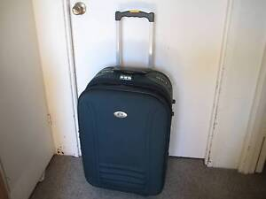 MEDIUM SUITCASE Kirribilli North Sydney Area Preview