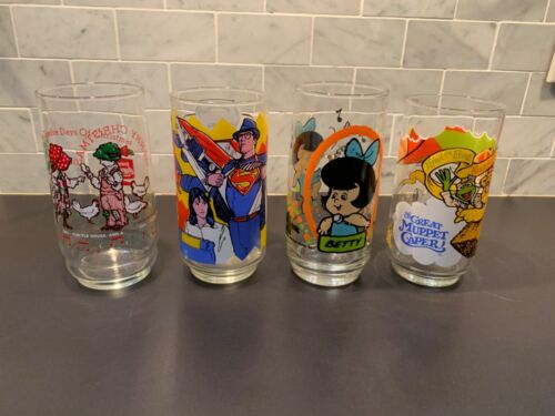 Lot of Vintage Drinking Glasses 1970s and 1980s Superman & Muppets