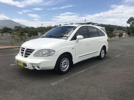 SSANYONG STAVIC 7 SEATER TURBO DIESEL AUTOMATIC