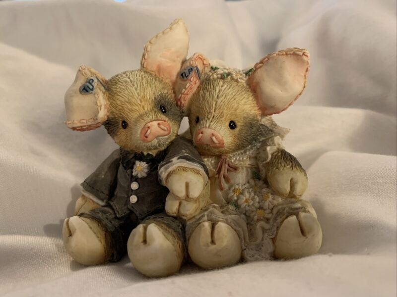"""This Little Piggy """"To Hog And To Hold"""" Enesco Figurine 1994"""