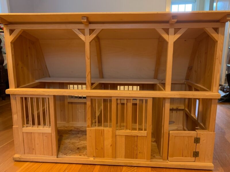 Handmade Wooden Toy Stable - Fits Breyer Horses