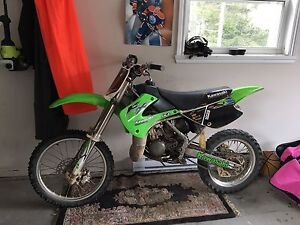 2007 KX 100 2 stroke works and runs great!
