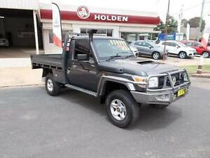 Toyota Landcruiser GX SC/Chas 4.5L V8 4X4 5sp Manual Young Young Area Preview