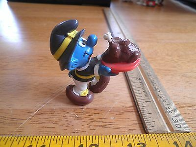 Smurf figure 1982 Pilgrim outfit carrying turkey VINTAGE Schleich Portugal (Pilgrim Outfit)