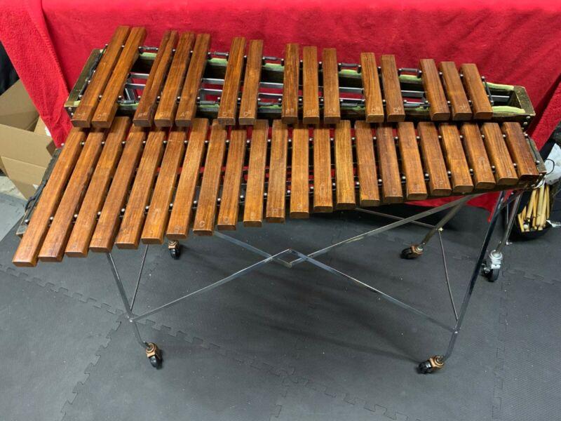 Vintage Leedy 660 3 Octave Xylophone