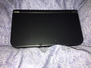 (NEWST MODEL) Nintendo 3DS XL WITH GAMES