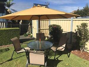 Outdoor Table and 4 chairs. (No umbrella, sold) Hamilton Newcastle Area Preview