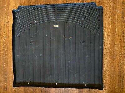 OEM BMW e39 5 Series wagon rubber cargo mat 525i 530i 540i M5