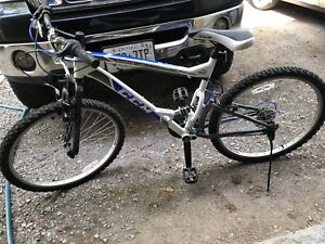 CCM static mountain bicycle