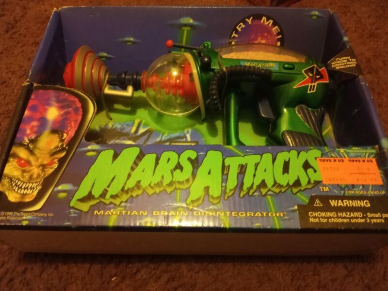 Mars Attacks Martian Brain Disintegrator NEW in Blue Box Trendmasters 1996
