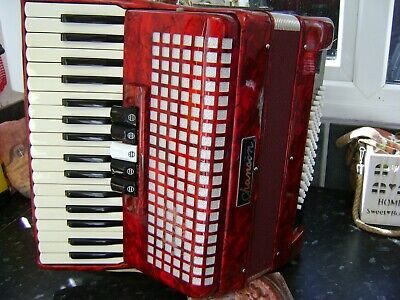 CHANSON 72 BASS PIANO ACCORDION LIGHTWEIGHT MODEL FREE UK COURIER