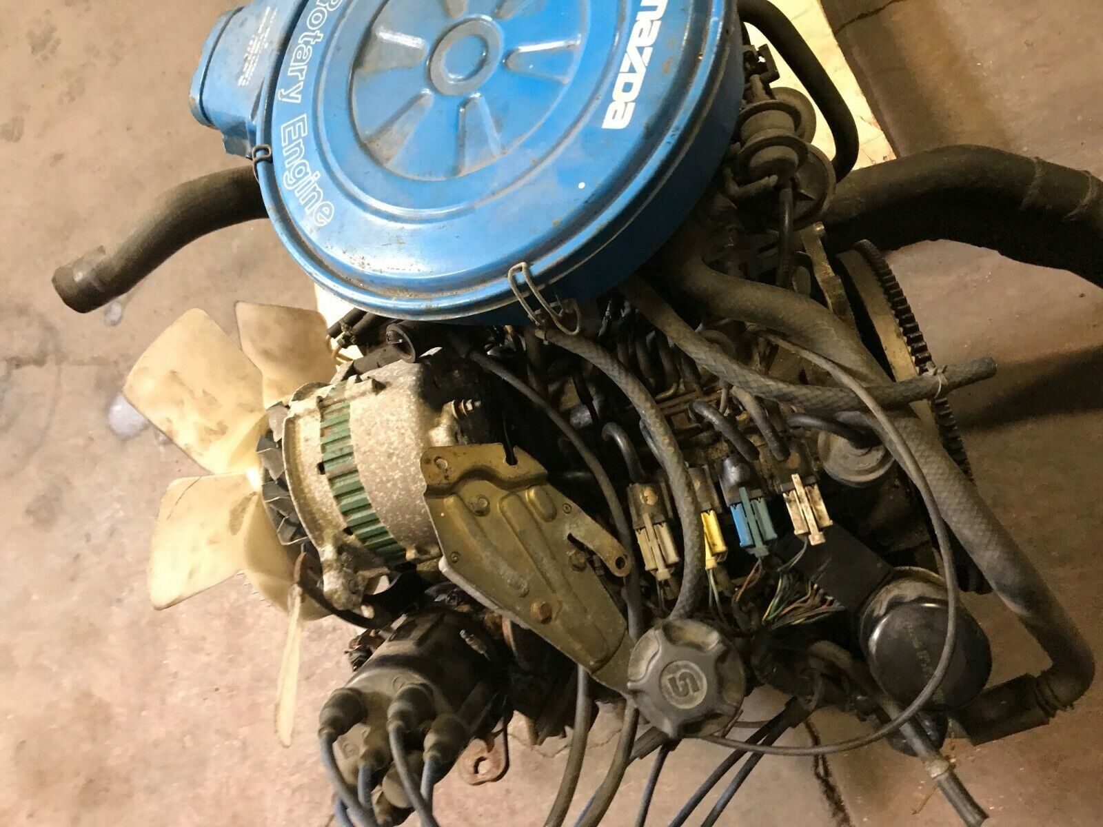 Vintage Car & Truck Parts : Engines & Components on Auto